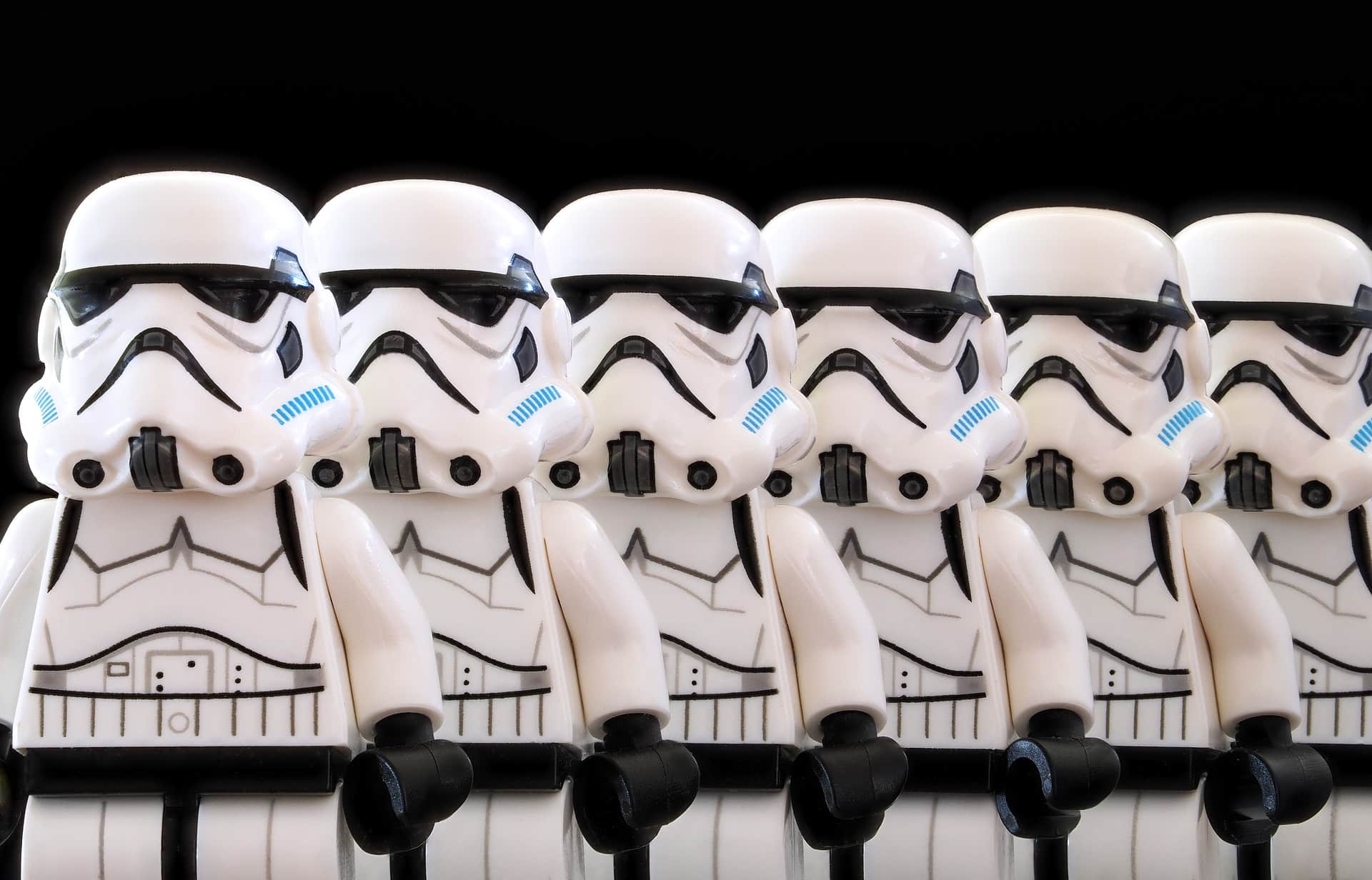 Klonowanie obiektów w JavaScript - szturmowcy